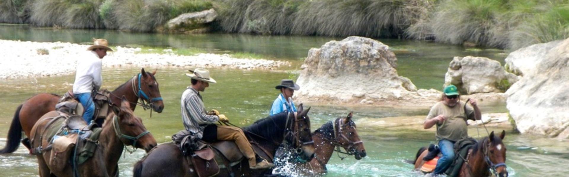 randonnée cheval pyrénées